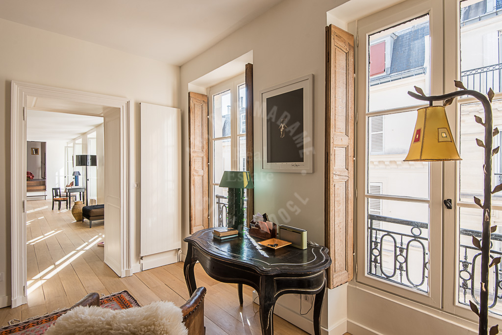 Elegant appartement Faubourg Saint Germain