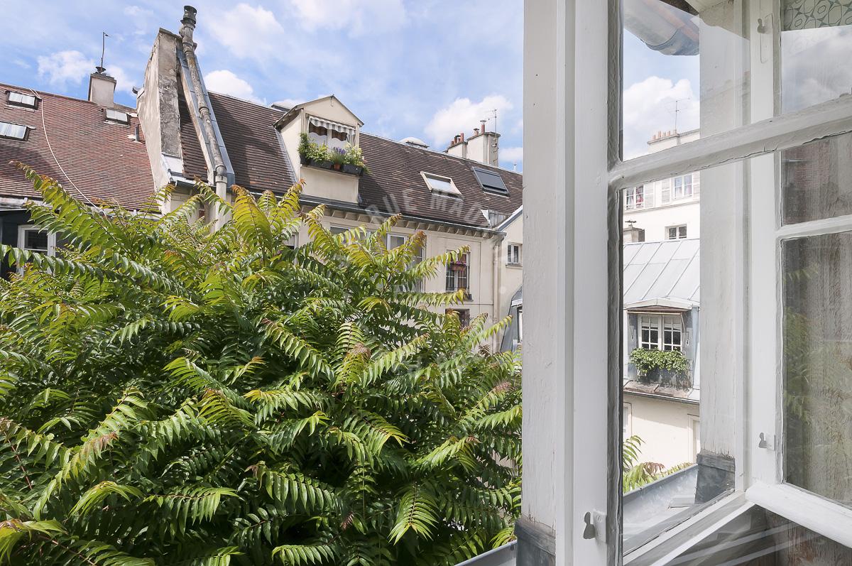 Dernier étage rue du Cherche Midi