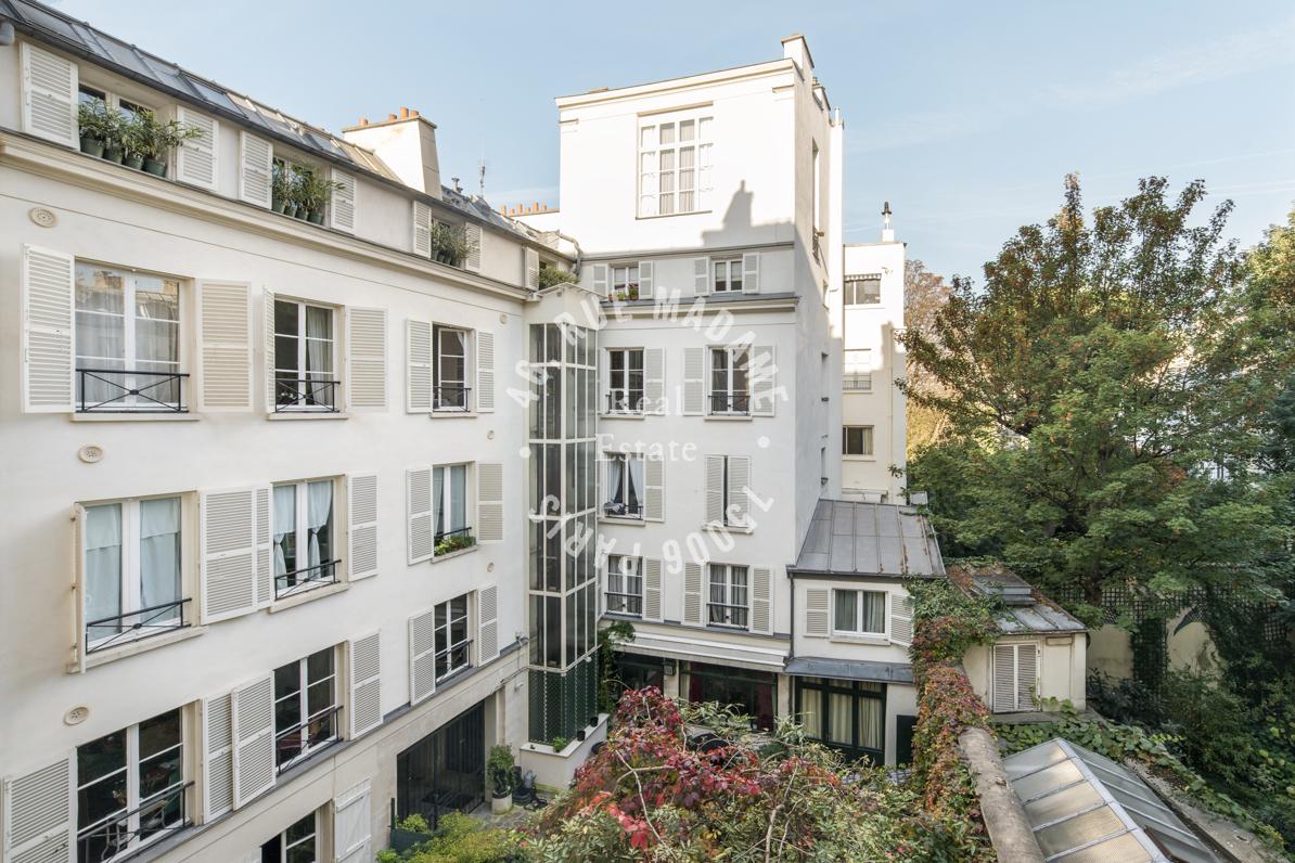 Appartement sur jardin, rue du Bac