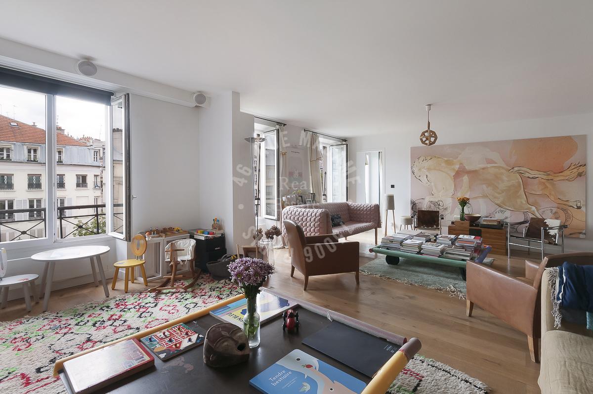 Bel appartement a Republique